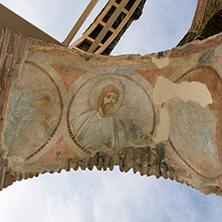 Древен стенопис в Червената Църква, близо до град Перущица, Пловдивска област - Снимки от България, Курорти, Туристически Дестинации