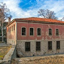 Дановото училище, Перущица, Пловдивска област - Снимки от България, Курорти, Туристически Дестинации