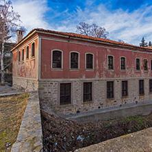 Църквата Свети Архангел Михаил и Дановото училище, Перущица, Пловдивска област - Снимки от България, Курорти, Туристически Дестинации