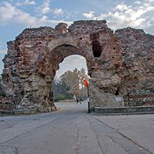 Хисаря, Южната порта на крепостта, Камилите, Област Пловдив - Снимки от България, Курорти, Туристически Дестинации