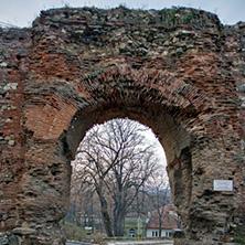 Хисаря, останки от древна крепостна стена, Западната порта на крепостта, Област Пловдив - Снимки от България, Курорти, Туристически Дестинации