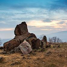 Залез в Средна Гора, близо до Село Старосел, Област Пловдив - Снимки от България, Курорти, Туристически Дестинации