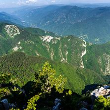 Биосферен резерват Червената стена, Област Пловдив - Снимки от България, Курорти, Туристически Дестинации